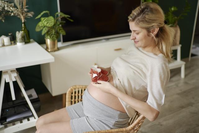 妊婦の女性