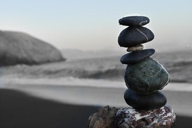 石のバランス